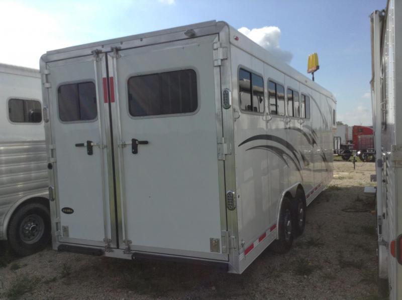 2016 Sierra 4 Horse Slant 8' Wide with mangers