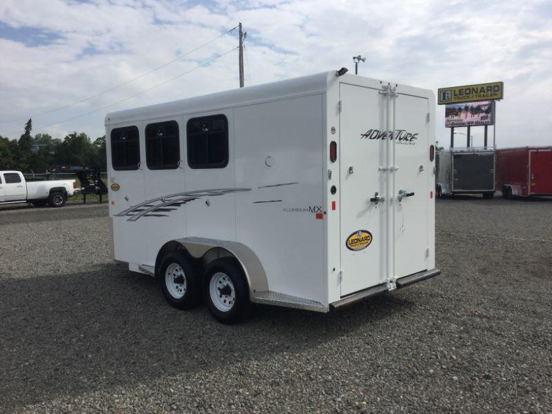 2017 Trails West Manufacturing AD30MX Horse Trailer