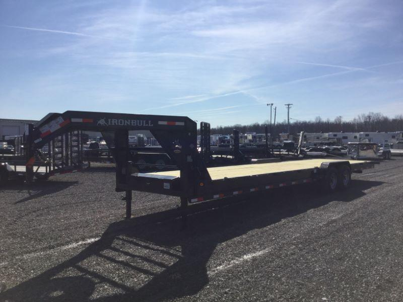 2017 Norstar IBGN8332TA5 Equipment Trailer