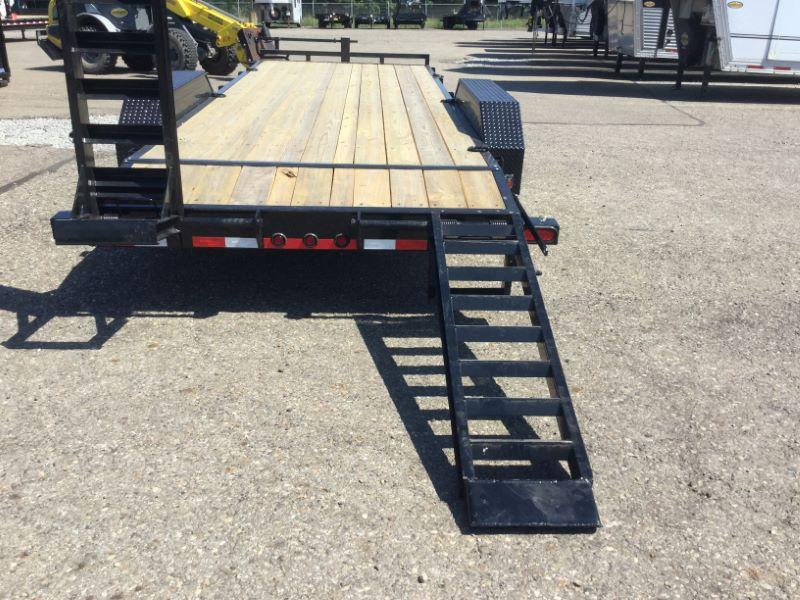 2017 Load Trail CH80X20TA16K Equipment Trailer