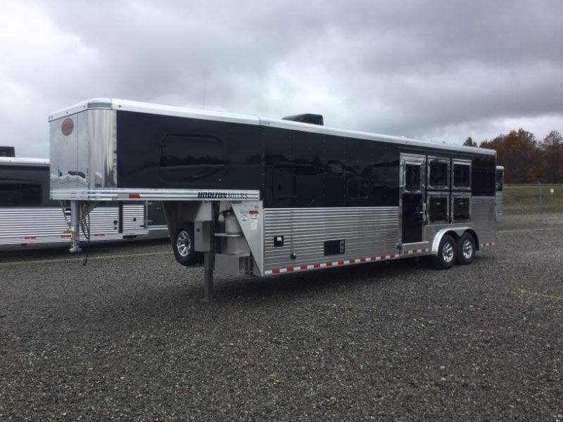2017 Sundowner Trailers 3H HORIZON RS8011LQ Horse Trailer
