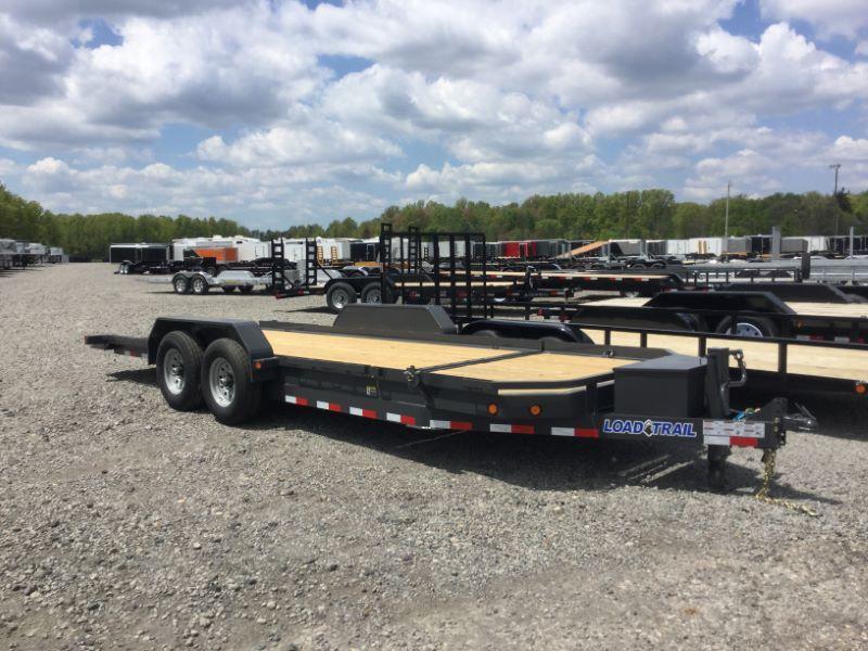 2017 Load Trail TL8321072 Equipment Trailer