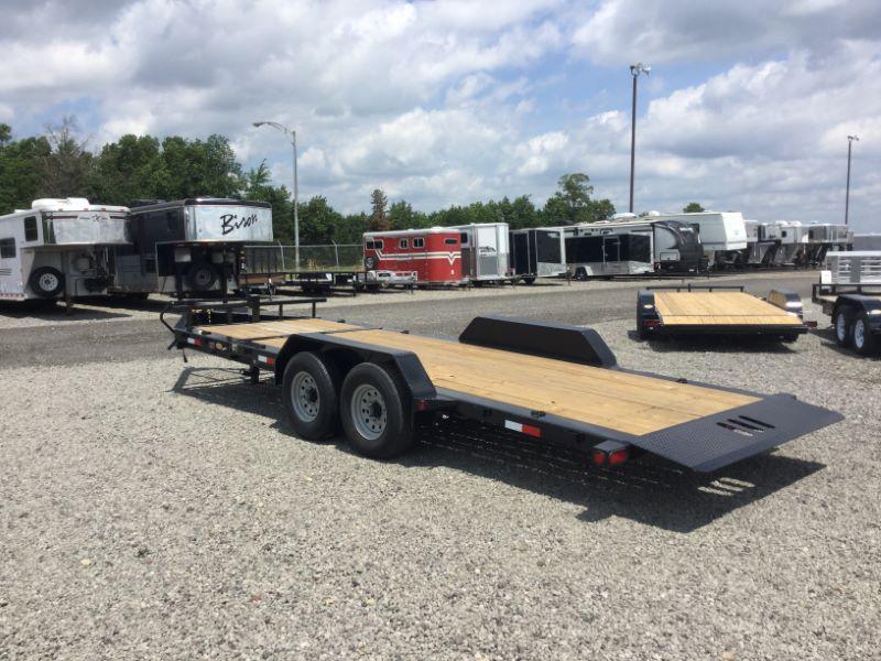 2017 Load Trail TH8320072 Equipment Trailer