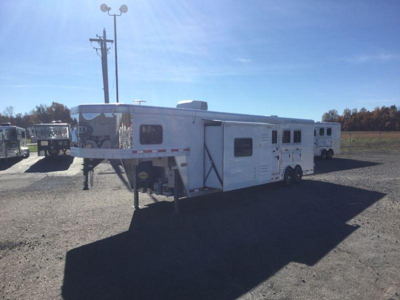 2017 Other 8314LQSL Horse Trailer