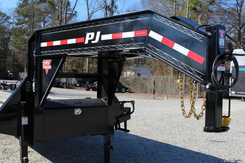 2018 PJ Trailers 36ft L3 24K Low Pro Equipment Trailer