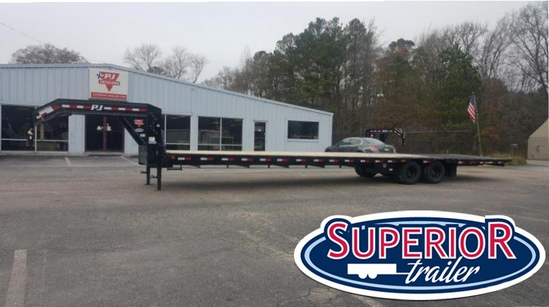 2018 PJ 40ft LY Low Pro Gooseneck w/ 12K Axles Hydraulic Tail