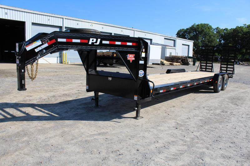 2018 PJ Trailers 30ft H5 Equipment Trailer