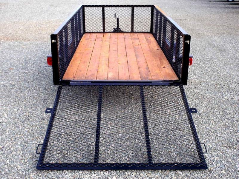 2017 Texas Bragg 5X10LB w/ 2ft Expanded Sides & Gate