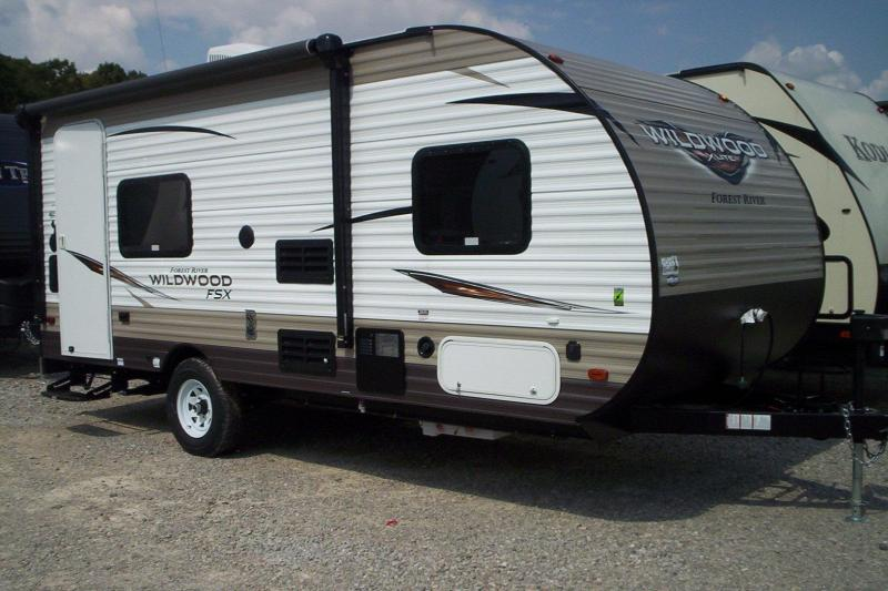 2018 Wildwood 180RT Travel Trailer TOY HAULER