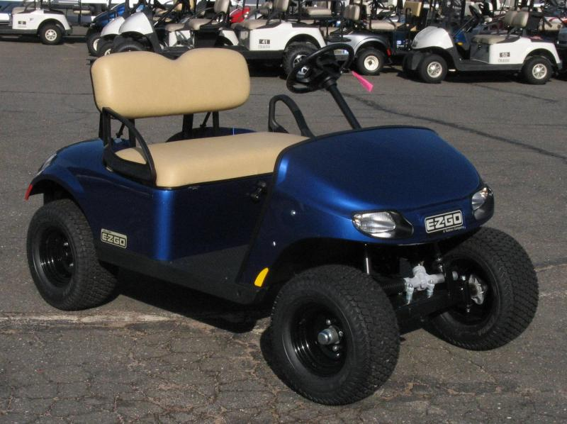 2018 E-Z-GO TXT VALOR GAS Golf Cart