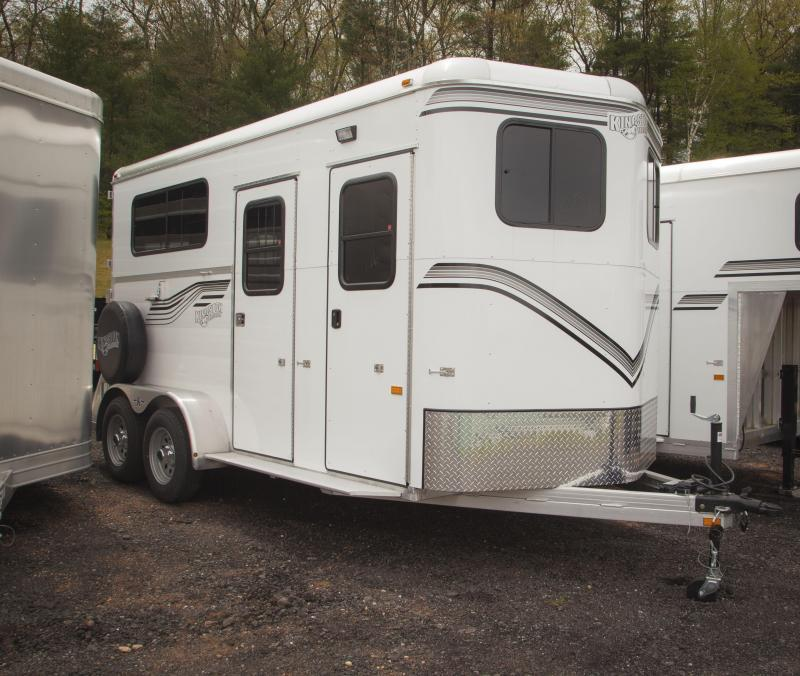 2018 Kingston Trailers Inc. Warm Blood Classic Elite w/Dressing Room Livestock Trailer