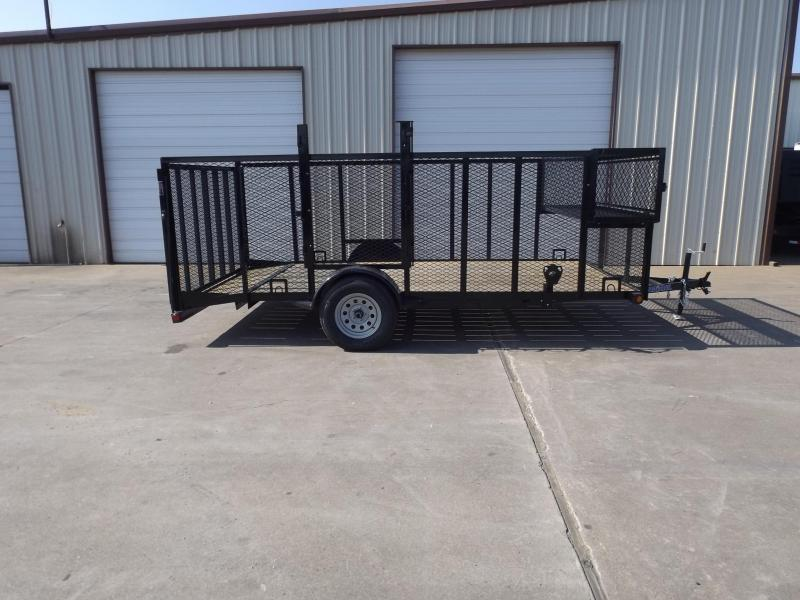 2017 Load Trail SE8314031IS0D01G09P04Q04TC1WE1TM1ZP2CB2 Equipment Trailer