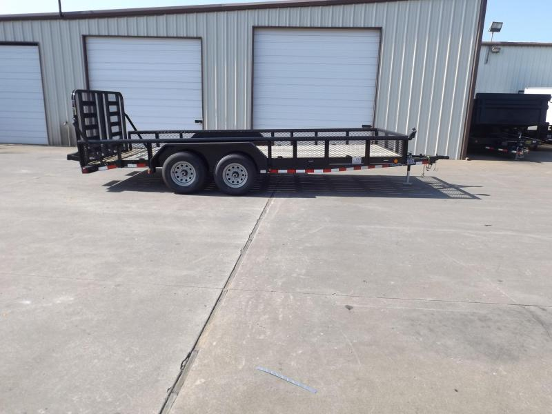 2017 Load Trail CS8318052B00ESBC05D01G64M0308P08Q01RS0TM1ZP2CB2 Equipment Trailer