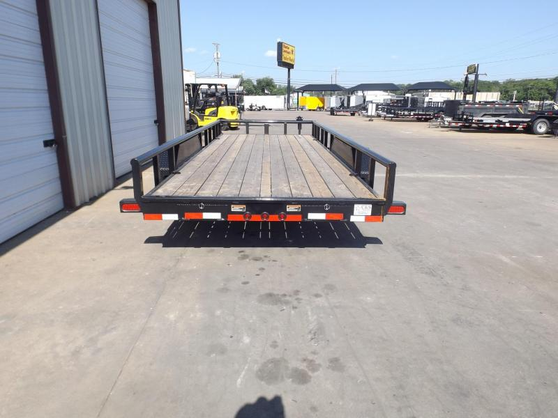 2017 Load Trail CS8320072B00ESAZP2CB2 Equipment Trailer