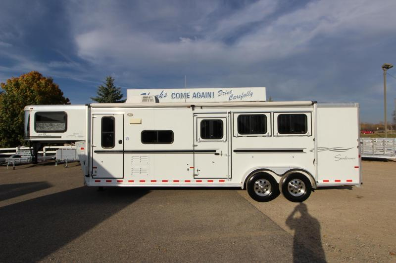 2007 Sundowner Trailers 6909 3HR GN 9' LQ Horse Trailer