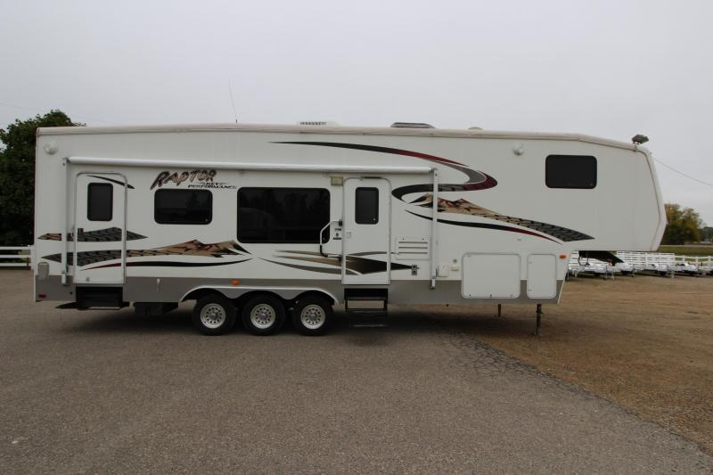2005 Keystone RV Raptor 3310 Toy Hauler