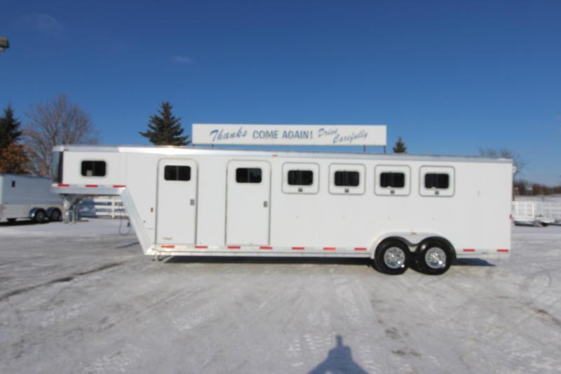 2006 Exiss Trailers 4HR GN MT Horse Trailer