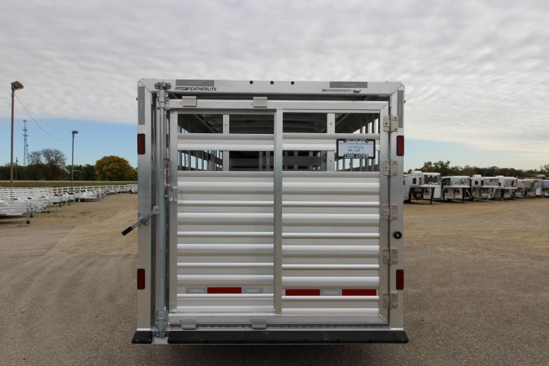 2018 Featherlite 8127 20 Livestock Trailer