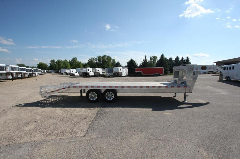 2017 Sundowner Trailers 25 GN FLATBED Flatbed Trailer