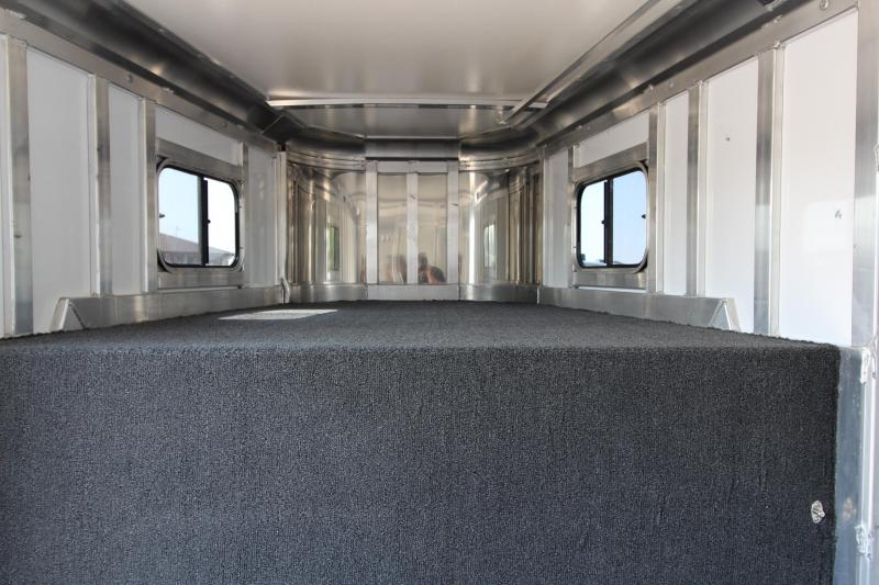 2016 Hart Trailers 3HR GN Horse Trailer
