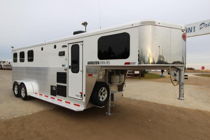 2017 Sundowner Trailers 6906 3HR GN 6 LQ Horse Trailer