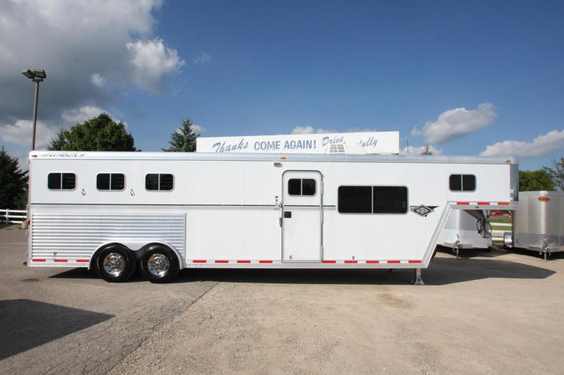 2000_Featherlite_3HR_13_LQ_Horse_Trailer_DPq9A0 used featherlite horse and livestock trailers  at aneh.co