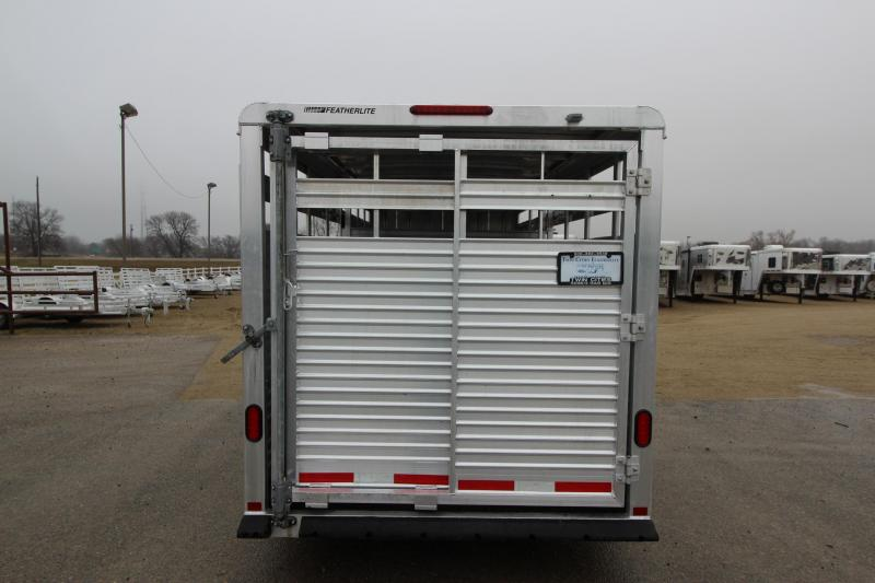 2006 Featherlite 8107 16 BP Livestock Trailer