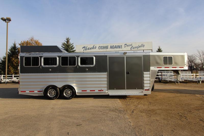 2018 Featherlite 8541 4HR Trainer Trailer Horse Trailer