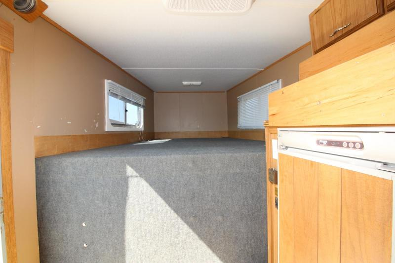 2002 C and C Trailers 3HR Weekender Horse Trailer