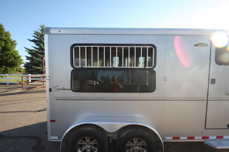2016 Sundowner 3 horse slant bumper pull