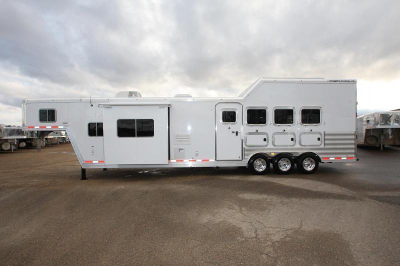 2016 Featherlite 4HR 15.5 Sierra LQ Horse Trailer