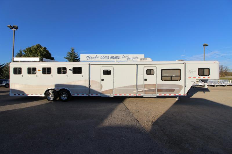 2000 Kiefer Built 5HR 14 LQ MT Horse Trailer