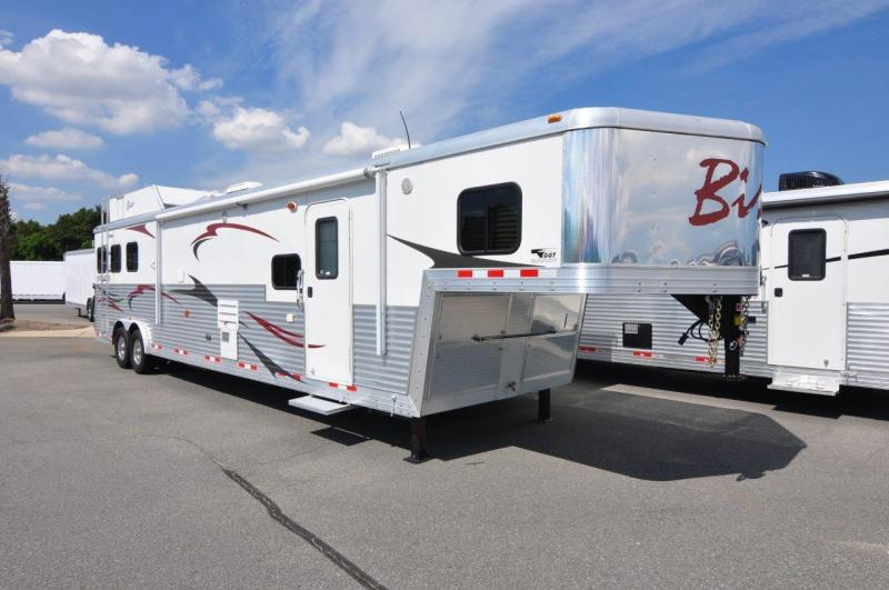 2012 Bison Trailers 8316MM Horse Trailer