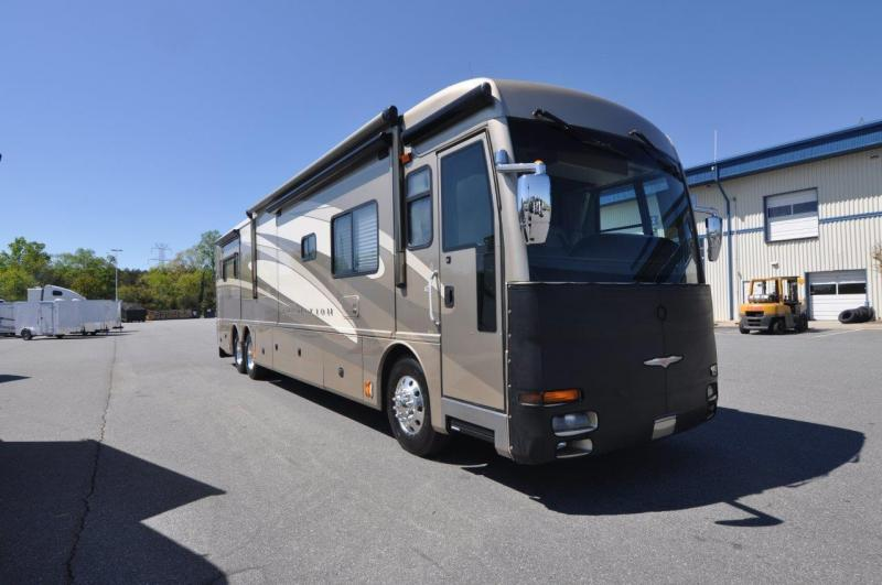 2006 American Tradition M-42R CAT. 400HP Motorhome