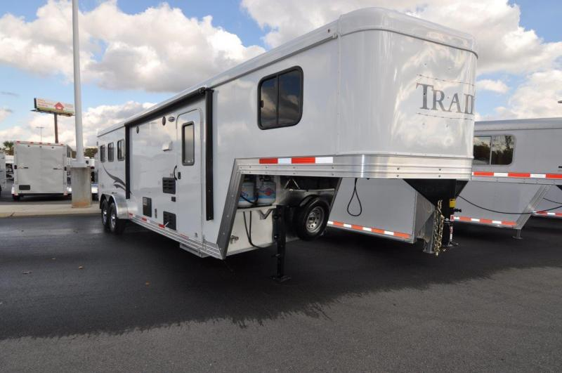 2017 Bison Trailers 7308TB Horse Trailer