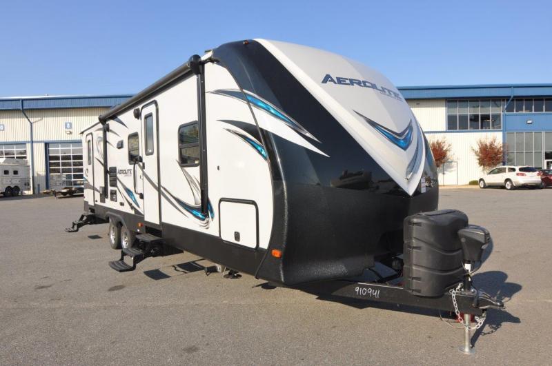 2017 Aerolite 282DBHS Camping / RV Trailer