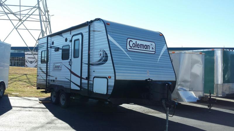 2015 Dutchmen Manufacturing RDS192 Camping / RV Trailer