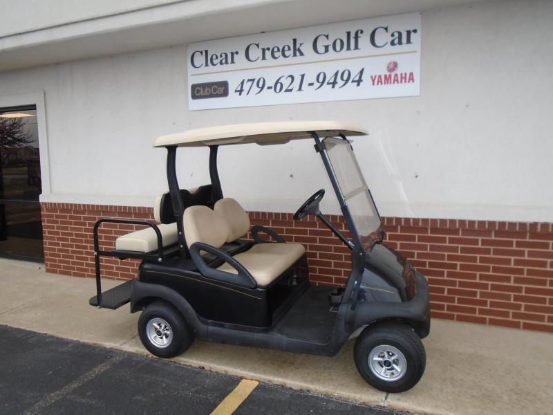 2005 Club Car Precedent Gas 4 Passenger Golf Cart