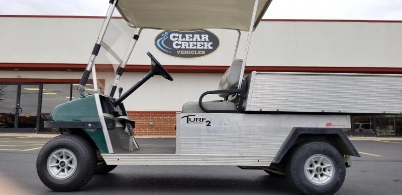 2010 Club Car Turf 2 Golf Car