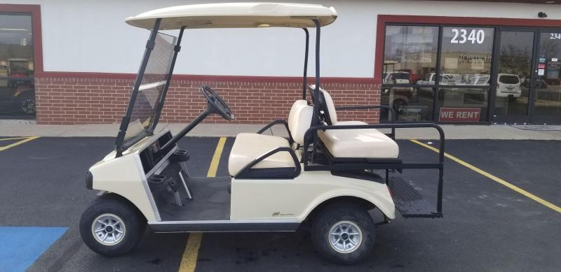 2009 Club Car DS Golf Car (Gas)
