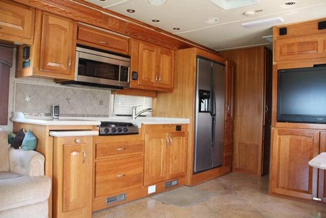 2008 Other Beaver Contessa Westport Class A RV