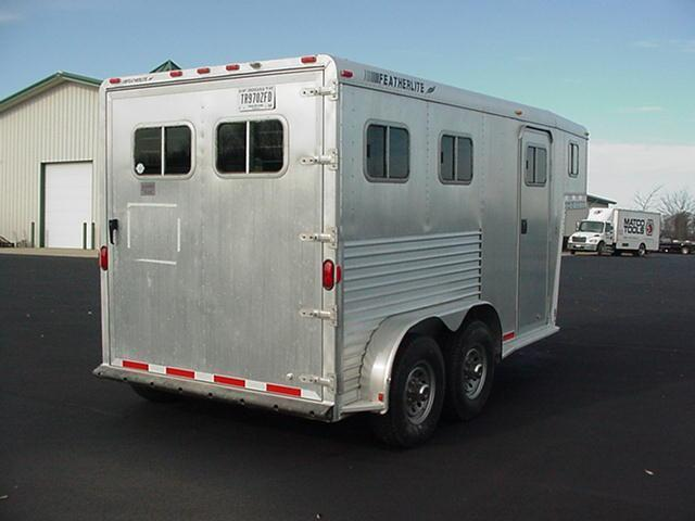 1999 Featherlite Two Horse Slant GN