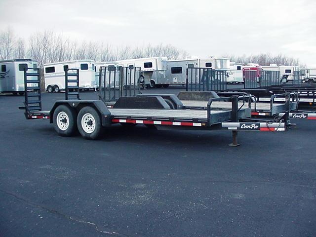 Used 2010 Corn Pro UT-18-H 12000# w/ Ladder Ramps