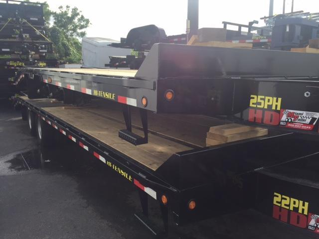 2017 Big Tex Trailers 22PH 25 Equipment Trailer