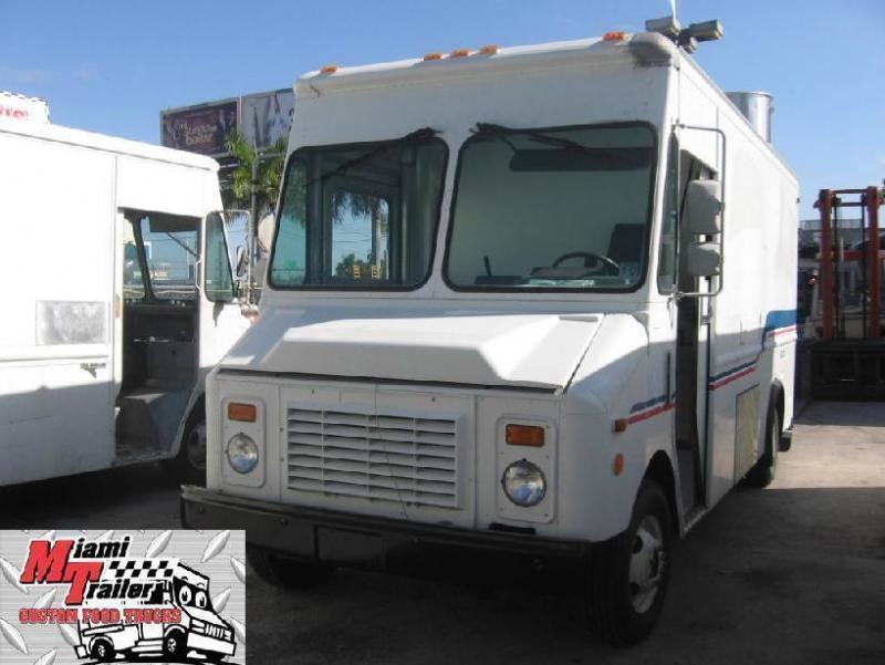 1995 Chevrolet P30 Truck