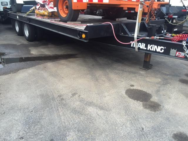 2001 Trailer Trail king Equipment Trailer