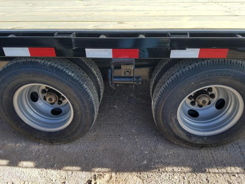 40 Flatdeck w/Duals 5'Dove w/MONSTER ramps