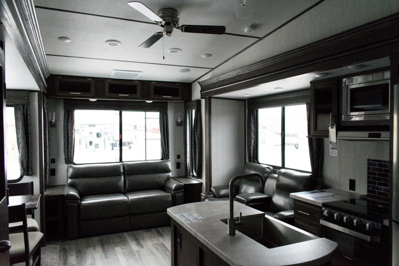 2019 Arctic Wolf Limited 285DRL4 5th Wheel Travel Trailer