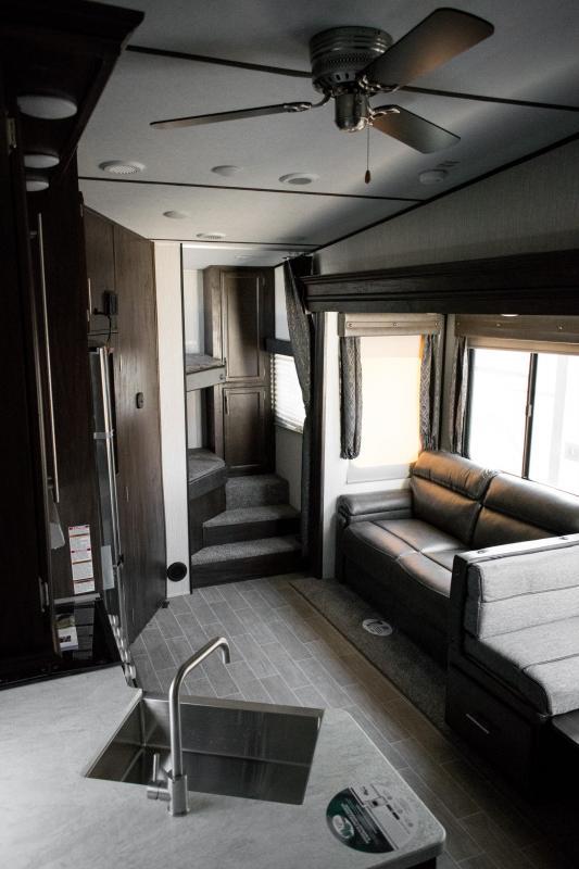 2020 Arctic Wolf Limited 265DBH8-L 5th Wheel Travel Trailer