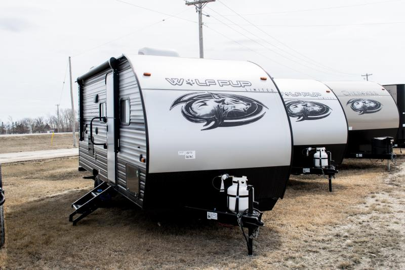 2019 Wolf Pup Limited 18TO Travel Trailer with Slide-Out